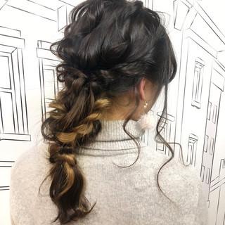 編み込み ヘアアレンジ ロング イルミナカラー ヘアスタイルや髪型の写真・画像