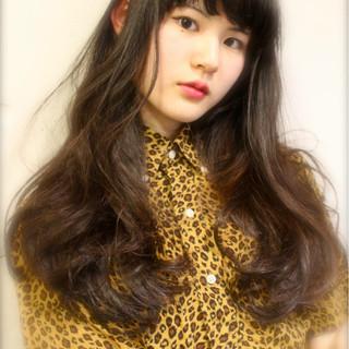 ストリート ロング フェミニン 黒髪 ヘアスタイルや髪型の写真・画像