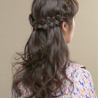 編み込み 簡単ヘアアレンジ ゆるふわ セミロング ヘアスタイルや髪型の写真・画像