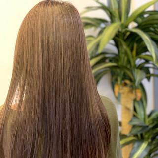 デート 髪質改善 ナチュラル ロング ヘアスタイルや髪型の写真・画像