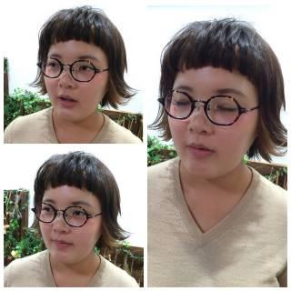 外ハネ ダブルカラー ガーリー オン眉 ヘアスタイルや髪型の写真・画像