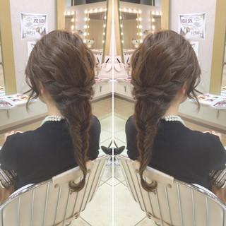 ヘアアレンジ エレガント ロング フィッシュボーン ヘアスタイルや髪型の写真・画像 ヘアスタイルや髪型の写真・画像