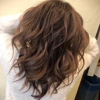 ゆるふわ ミディアム デート ガーリー ヘアスタイルや髪型の写真・画像