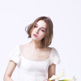 フェミニン 簡単ヘアアレンジ 外国人風 ショート ヘアスタイルや髪型の写真・画像