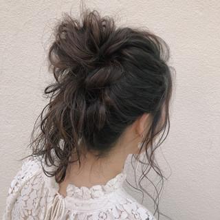 ショート ナチュラル ヘアアレンジ お団子 ヘアスタイルや髪型の写真・画像 ヘアスタイルや髪型の写真・画像