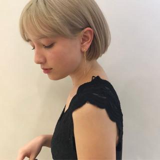 透明感カラー ブリーチカラー ナチュラル アンニュイほつれヘア ヘアスタイルや髪型の写真・画像