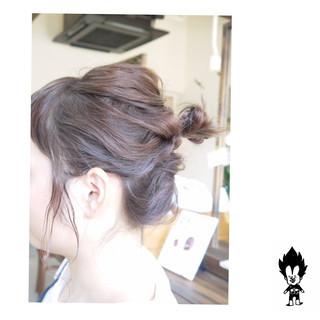 ダブルカラー ナチュラル グレー 簡単ヘアアレンジ ヘアスタイルや髪型の写真・画像