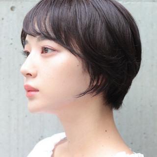ショートボブ ショートヘア アウトドア ショート ヘアスタイルや髪型の写真・画像