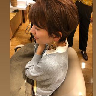 オフィス ベリーショート ショート イルミナカラー ヘアスタイルや髪型の写真・画像