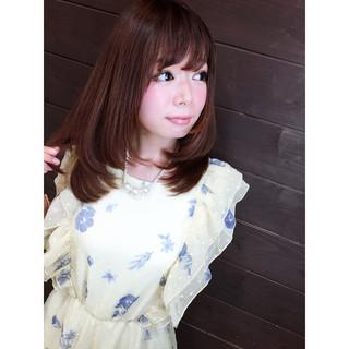 外国人風 夏 セミロング ブラウン ヘアスタイルや髪型の写真・画像