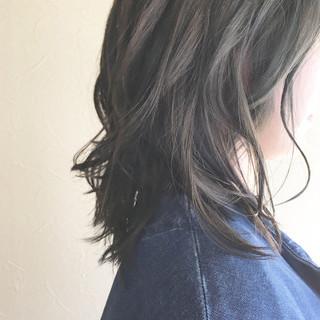簡単スタイリング フェミニン パーマ ミディアム ヘアスタイルや髪型の写真・画像