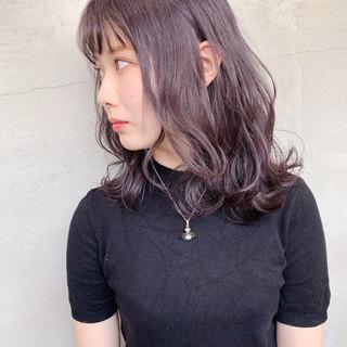 セミロング ブリーチ ラベンダーピンク フェミニン ヘアスタイルや髪型の写真・画像