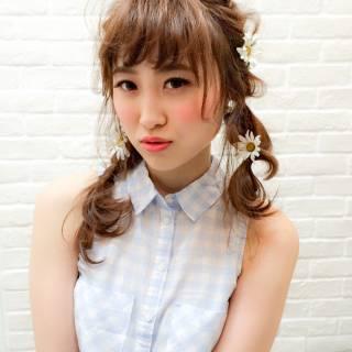花 ヘアアレンジ フェミニン 春 ヘアスタイルや髪型の写真・画像