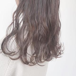 簡単ヘアアレンジ アンニュイほつれヘア アッシュグレージュ ヘアアレンジ ヘアスタイルや髪型の写真・画像 ヘアスタイルや髪型の写真・画像