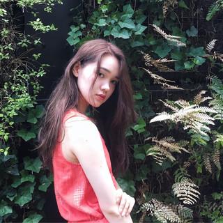 ロング 外国人風 ピュア くせ毛風 ヘアスタイルや髪型の写真・画像