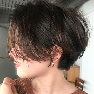 簡単ヘアアレンジ マッシュショート ショート ショートボブ ヘアスタイルや髪型の写真・画像
