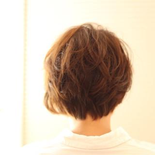 ふわふわ ショート くせ毛風 ゆるふわ ヘアスタイルや髪型の写真・画像 ヘアスタイルや髪型の写真・画像