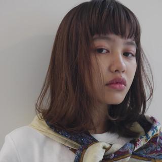 ミディアム ナチュラル 鎖骨ミディアム 外国人風 ヘアスタイルや髪型の写真・画像
