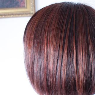 ナチュラル ピンク レッド アッシュバイオレット ヘアスタイルや髪型の写真・画像