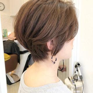ショート イルミナカラー ショートヘア ナチュラル ヘアスタイルや髪型の写真・画像