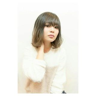 イルミナカラー ブリーチ ボブ ダブルカラー ヘアスタイルや髪型の写真・画像