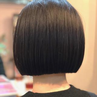切りっぱなし 黒髪 スポーツ ショートボブ ヘアスタイルや髪型の写真・画像