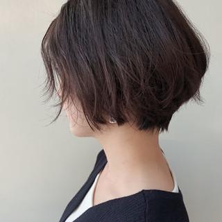 ショートボブ 大人ヘアスタイル 大人かわいい フェミニン ヘアスタイルや髪型の写真・画像