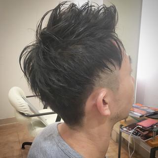 メンズ ストリート 刈り上げ ツーブロック ヘアスタイルや髪型の写真・画像