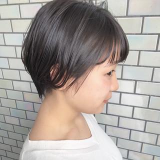 大人かわいい ナチュラル デート オフィス ヘアスタイルや髪型の写真・画像 ヘアスタイルや髪型の写真・画像