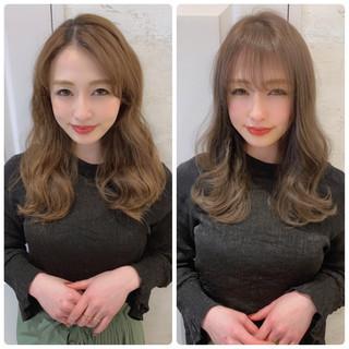 セミロング 大人女子 シースルーバング グレージュ ヘアスタイルや髪型の写真・画像