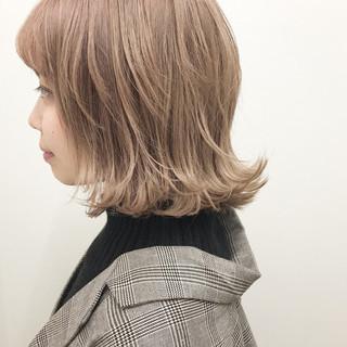 ストリート グレージュ ミルクティーベージュ ラベンダーピンク ヘアスタイルや髪型の写真・画像