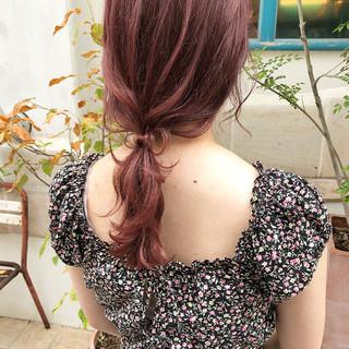 セミロング 大人可愛い ローポニー ナチュラル ヘアスタイルや髪型の写真・画像