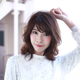 セミロング 大人女子 リラックス ボブ ヘアスタイルや髪型の写真・画像 ヘアスタイルや髪型の写真・画像