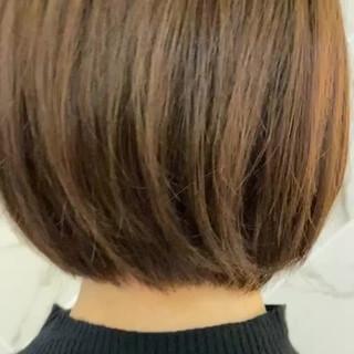 銀座美容室 ショートボブ ナチュラル シアーベージュ ヘアスタイルや髪型の写真・画像