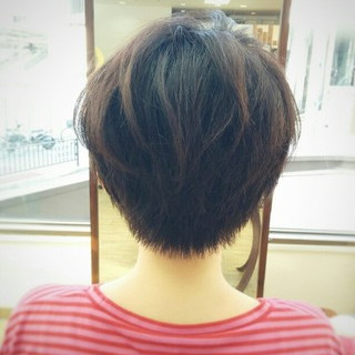 ナチュラル 暗髪 アッシュ ストレート ヘアスタイルや髪型の写真・画像 ヘアスタイルや髪型の写真・画像
