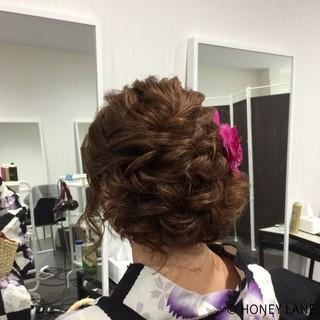 ガーリー アップスタイル 結婚式 セミロング ヘアスタイルや髪型の写真・画像 ヘアスタイルや髪型の写真・画像