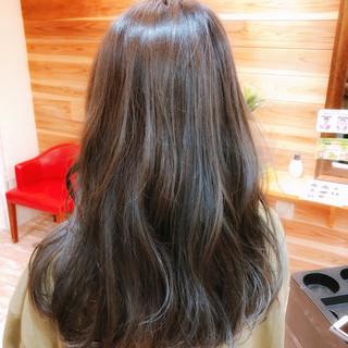 ヘアアレンジ フェミニン 外国人風カラー グレージュ ヘアスタイルや髪型の写真・画像