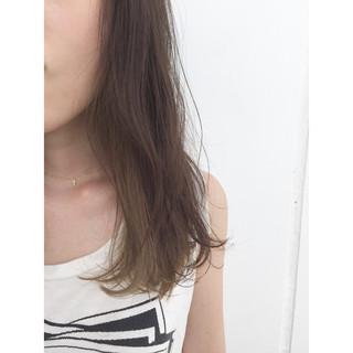 ストリート イルミナカラー フェミニン インナーカラー ヘアスタイルや髪型の写真・画像