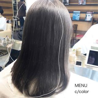 グレージュ 縮毛矯正 髪質改善 ストレート ヘアスタイルや髪型の写真・画像