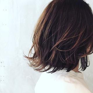パーマ ミディアム 外国人風 大人かわいい ヘアスタイルや髪型の写真・画像