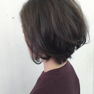 アッシュ ボブ 前下がり コンサバ ヘアスタイルや髪型の写真・画像
