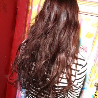 艶髪 レッド ロング モード ヘアスタイルや髪型の写真・画像