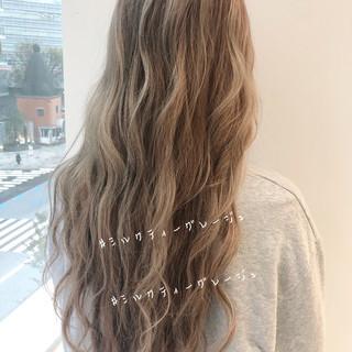 ヘアアレンジ ナチュラル ロング インナーカラー ヘアスタイルや髪型の写真・画像