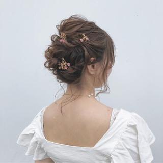 シニヨン デート ミディアム 夏 ヘアスタイルや髪型の写真・画像