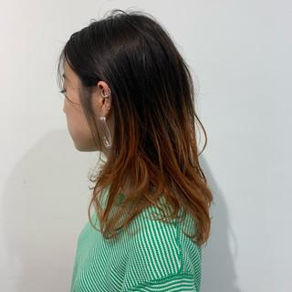 ミディアム 銀座美容室 グラデーションカラー オレンジ ヘアスタイルや髪型の写真・画像