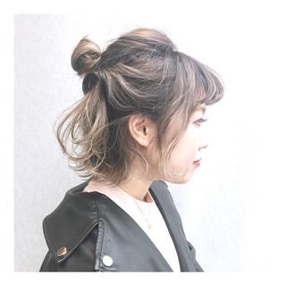 ガーリー ボブアレンジ ハイトーンボブ ヘアアレンジ ヘアスタイルや髪型の写真・画像