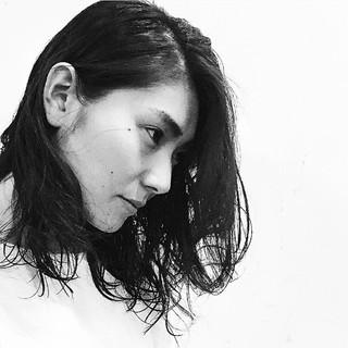 外国人風 黒髪 ウェットヘア かっこいい ヘアスタイルや髪型の写真・画像
