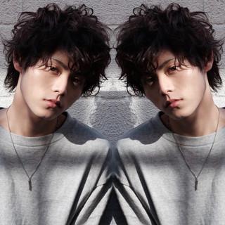 メンズヘア ストリート メンズパーマ メンズマッシュ ヘアスタイルや髪型の写真・画像