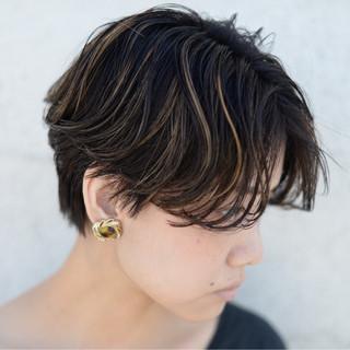 ハイライト アンニュイ ストリート 外国人風 ヘアスタイルや髪型の写真・画像 ヘアスタイルや髪型の写真・画像