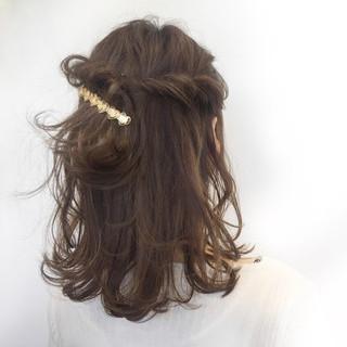 前髪あり フリンジバング ナチュラル デート ヘアスタイルや髪型の写真・画像 ヘアスタイルや髪型の写真・画像